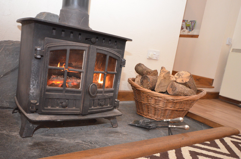 Log burner cottage Cornwall
